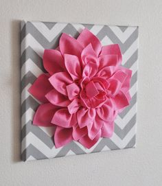 Pink Wall Flower -Bright Pink Dahlia on Gray and White Chevron 12 Canvas Wall Art- Baby Nursery Wall Decor- by bedbuggs on Etsy Diy Craft Projects, Diy And Crafts, Arts And Crafts, Creation Deco, Flower Lights, Baby Wall Art, 3d Wall Art, Idee Diy, Nursery Wall Decor