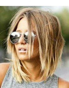 Amazing Super 25 Women Summer Hairstyles Ideas for Medium Hair Pelo Guay, Medium Hair Styles, Curly Hair Styles, Choppy Bob Hairstyles, Haircuts, Brown Blonde Hair, Hair Affair, Great Hair, Hair Looks