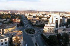 * Asmara * Capital da Eritréia. População: 663.872 habitantes (2010).