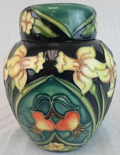 Beautiful Moorcroft Carousel Ginger Jar 769/6