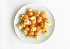 Recetas snacks saludables Healthy Snacks, Healthy Eating, Healthy Recipes, Comidas Fitness, Yogurt And Granola, Snack Recipes, Food Porn, Brunch, Food And Drink