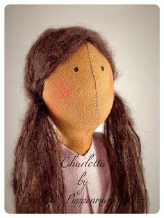 """Handmade Doll by Berliner Puppenmanufaktur. Handgemachte Stoffpuppen """"Charlotta"""" aus Leinen und Baumwolle"""