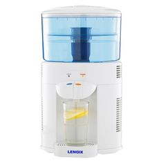 This innovative way to get your daily recommended dose of pure, filtered water fills up to 500ml of water at a time – so you can enjoy fresh water, longer.