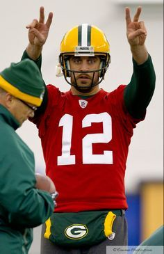 Discussion forum for Aaron Rodgers's fans (Green Bay Packers, NFL). Go Packers, Packers Football, Best Football Team, Football Stuff, Nfl Green Bay, Green Bay Packers, Aaron Rogers, Rodgers Green Bay, Indianapolis Colts