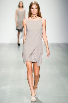 Marios Schwab Spring 2015 Ready-to-Wear - Tailored to perfection, the suiting was the highlight of the collection there is a definitely a piece in there for any woman needing to sharpen up her work wardrobe. thestyleweaver.com