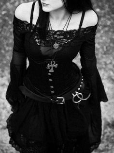 "Gothic fashion has diversified over the years to include a number of sub-genres, which in turn, make it less of a niche market, ""dark"" fashion style, and more a Dark Beauty, Goth Beauty, Fashion Mode, Dark Fashion, Gothic Fashion, Fashion Clothes, Style Fashion, Fashion Tips, Mode Steampunk"