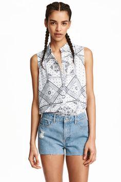Sleeveless blouse   H&M