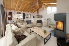 Casa Delle Stelle  no. 11 (6 people) - Apartment - ZERMATT - Switzerland - 4410 CHF ###4½ Room Duplex Apartment, attic, ap. no. 11  Spacious newly built (2014) and furnished DUPLEX 4½ room apartment with a gross floor area of 140 m2 over 2 floors featuring three double bed rooms fo