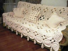 See what a beautiful blanket for your home, as we know, is one of the pieces that will make your more attractive and comfortable sofa . Crochet Bedspread, Crochet Blanket Patterns, Baby Blanket Crochet, Afghan Patterns, Knit Patterns, Blanket Yarn, Knitted Blankets, Cute Crochet, Knit Crochet