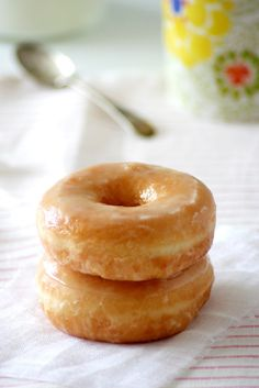 Strauben or Funnel Cake Donut Recipes, Baking Recipes, Crepes, I Love Pizza, Sugar Cravings, Cakes And More, Food Hacks, Sweet Recipes, Delicious Desserts