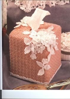 Make vintage crocheted tissue box covers @ secondhand4less.ecrater.com