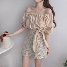 Korean Fashion Dress, Ulzzang Fashion, Korean Street Fashion, Kpop Fashion Outfits, Girls Fashion Clothes, Korean Outfits, Mode Outfits, Girly Outfits, Cute Casual Outfits