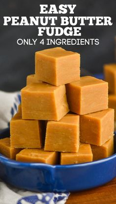 This Easy Peanut Butter Fudge is only four ingredients and comes together in about five minutes! You need this peanut butter fudge recipe in your life. Nutella Fudge, Microwave Peanut Butter Fudge, Eggnog Fudge, Peanut Butter No Bake, Salted Caramel Fudge, Peanut Butter Recipes, Fudge Recipes, Dessert Recipes, Salted Caramels
