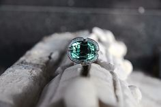 ring by Liza Belotserkovskaya