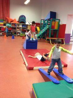 Sport for kids gross motor 19 Ideas Sports Activities For Kids, Motor Skills Activities, Gross Motor Skills, Toddler Sports, Kids Sports, Physical Education Games, Physical Activities, Teach Dance, Pediatric Ot