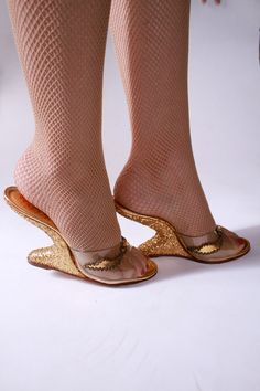 vintage 1950s gold glitter wedge shoes with see through front