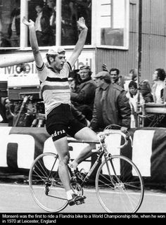 Mars - Flandria Monseré was the first to ride a Flandria bike to a World Championship title , when he won in 1970 at Leicester , England