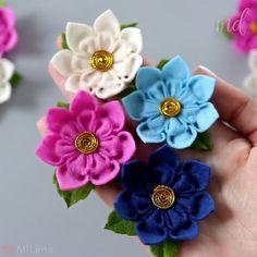 Diy Lace Ribbon Flowers, Cloth Flowers, Ribbon Art, Paper Flowers Diy, Ribbon Crafts, Handmade Flowers, Flower Crafts, Felt Flower Diy, Easy Fabric Flowers