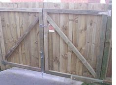 Tall Wooden Fence Across Driveway Google Search New