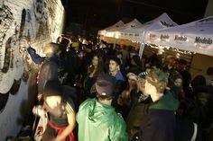 The Bazaar's yard, crowded