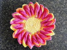 crocheted flower motif ~ free pattern