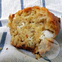 Kuchenna Świruska: Przekąski imprezowe – wytrawne muffiny z cheddarem i… Cheddar, Breakfast, Food, Morning Coffee, Cheddar Cheese, Essen, Meals, Yemek, Eten