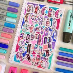 Lettering Guide, Hand Lettering Art, Doodle Lettering, Brush Lettering, Bullet Journal Ideas Handwriting, Bullet Journal Ideas Pages, Study Notes, Planner, Cool Fonts