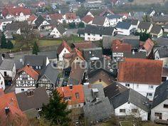 Blick von der Burg auf das hessische Dorf Wettenberg Krofdorf-Gleiberg bei Gießen in Mittelhessen