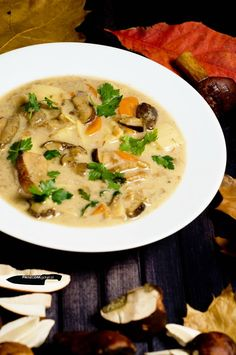 Zupa grzybowa Soup Recipes, Cooking Recipes, Cooking Ideas, Polish Recipes, Polish Food, Fine Dining, Cheeseburger Chowder, Risotto, Appetizers