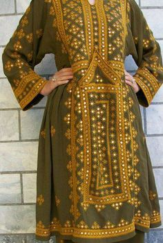 Doch (Balochi Embroidery): -  The Baloch women apparel is one of the means of showcasing the Baloch women talent. It is one of the oldest cultural heritage of Balochistan, Pakistan. #Doch #Balochistan #Pakistan