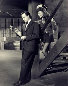 Gene Kelly & Rita Hayworth in Cover Girl. One of my favorite movies ever! No pearl? No pearl. Old Hollywood Movies, Hollywood Actor, Golden Age Of Hollywood, Vintage Hollywood, Hollywood Stars, Classic Hollywood, Hollywood Glamour, Rita Hayworth, I Movie