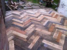 Plus de 1000 id es propos de garden make a reclaimed - Terrasse en palette de bois ...