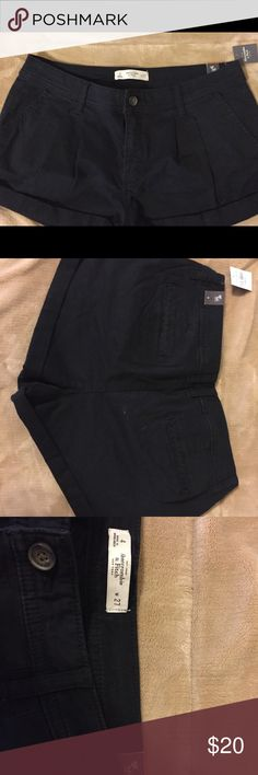 Abercrombie &Fitch pleated trouser shorts NWT Abercrombie and Fitch black pleated trouser shorts. Size 4 Waist 27. Great summer/Fall staple! Abercrombie & Fitch Shorts