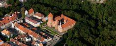Zamek w Reszlu - Widok z lotu ptaka od południowego-zachodu, fot. ZeroJeden, IX 2012