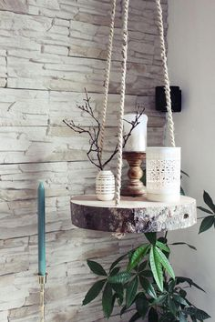 s & # Craft box: {DIY} tree slice hanging floor - Diyproje .- s & # Bastelbox: {DIY} Baumscheibe Hängeboden – Diyprojectgardens.club s & # Craft box: {DIY} tree slice hanging floor # craft box # tree slice # hang floor - Tree Slices, Wood Slices, Diy Hanging Shelves, Hanging Table, Rope Shelves, Diy Casa, Craft Box, Cute Diys, Diy Furniture