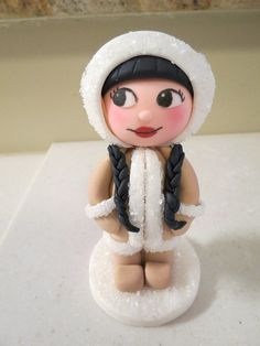 How to make an Eskimo girl cake topper