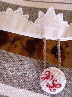 Bouton brodé sur sac à Tarte  PENTY DE VAL