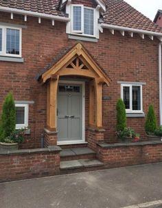 Wooden Front Door Design, Oak Front Door, Green Front Doors, Front Porch Design, Porch Oak, Brick Porch, House Front Porch, Front Door Canopy, Porch Canopy