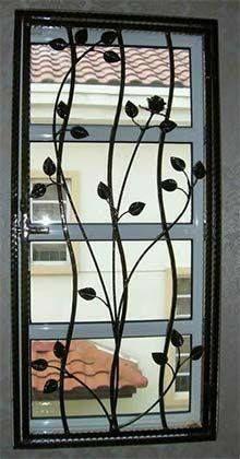 Stunning Wrought Iron Design Ideas That Are Truly Amazing - Genmice Window Grill Design Modern, Grill Door Design, Window Design, Wrought Iron Decor, Wrought Iron Gates, Iron Windows, Iron Doors, Iron Window Grill, Burglar Bars