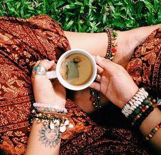Jewerly Boho Gypsy Hippie Ideas For 2019 Hippie Style, Hippie Love, Hippie Gypsy, Hippie Things, Hippie Couple, Gypsy Cowgirl, Gypsy Style, Estilo Indie, Estilo Hippy