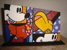 Porta controle Mickey. Todos os porta controles acomodam 3 controles.