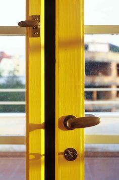 Výsledek obrázku pro winternitzova vila Door Handles, Doors, Red, Home Decor, Door Knobs, Decoration Home, Room Decor, Home Interior Design, Home Decoration