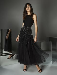 Tulle ankle length dress embroidered and simple top Color Available: Black Size available: US 06 (EU Measurements: Bust Waist Hips Glamour, Affordable Prom Dresses, Mid Length Dresses, Formal Evening Dresses, Tulle Dress, Bridal Gowns, Beautiful Dresses, Ideias Fashion, Ball Gowns