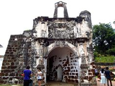 Porta de Santiago construida pelos Portugueses em Malaca