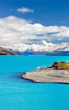 Mount Cook and Pukaki Lake New Zealand