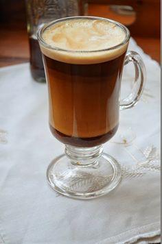 Podróże i Smaki: Kawa z syropem piernikowym. Druga rocznica!