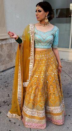 Pinterest: @pawank90 Salwar Kameez, Patiala Suit, Anarkali Suits, Punjabi Suits, Indian Bridal Wear, Indian Ethnic Wear, Pakistani Outfits, Indian Outfits, Lehga Choli