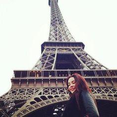 Xhensila :: Foto Famous Singers, Beautiful Buildings, Albania, Famous People, Louvre, Tower, Wattpad, Travel, Nails