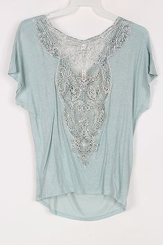 Perfect style for summer/spring. Reagan Tee in Slate Blue on Emma Stine Limited - draped front, embellished back - so pretty Passion For Fashion, Love Fashion, Fashion Outfits, Womens Fashion, Pretty Outfits, Beautiful Outfits, Cute Outfits, Mode Boho, Bandeau Outfit