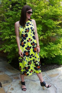 Chrissi Shields: Fashion Friday: Yelllow Flower in Full Bloom